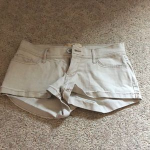 hollister shorts size 3 low rise